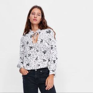 Zara star printed top. New
